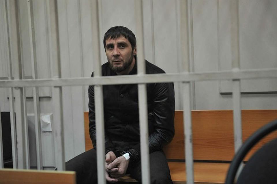 Из колонии в тюрьму на три года: осужденному за убийство Бориса Немцова Зауру Дадаеву ужесточили режим