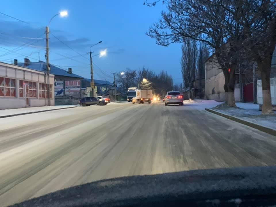 Улица Элеваторная, 7.00 утра. Фото: Анатолий Цуркин