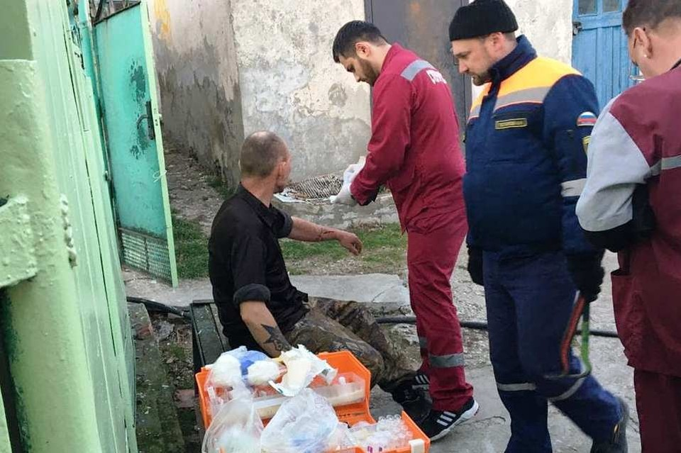 Медики оказали всю помощь мужчине. Фото: instagram.com/alekseioderov