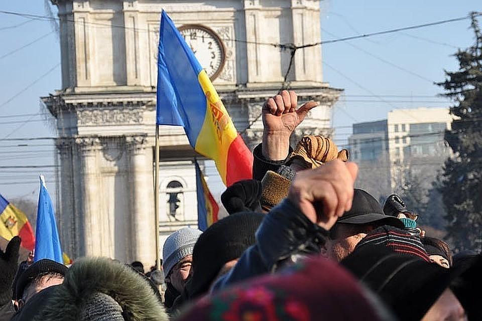 Какие клубы по интересам тянут Молдову в болото