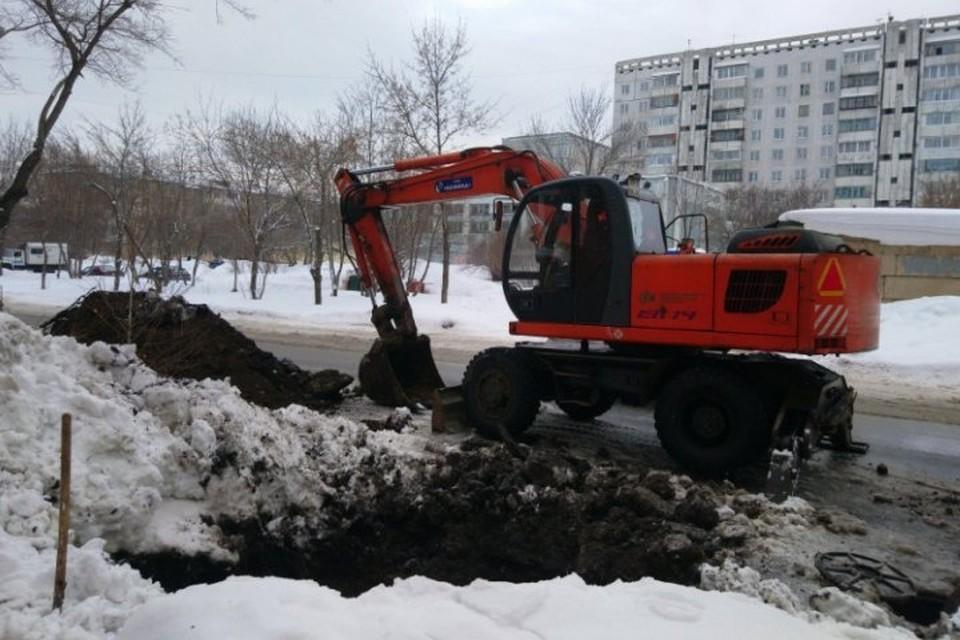 10 домов остались без холодной воды из-за аварии в Кемерове