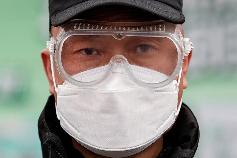 Во всем мире предпринимаются беспрецедентные меры по предотвращению распространения опасного китайского коронавируса.