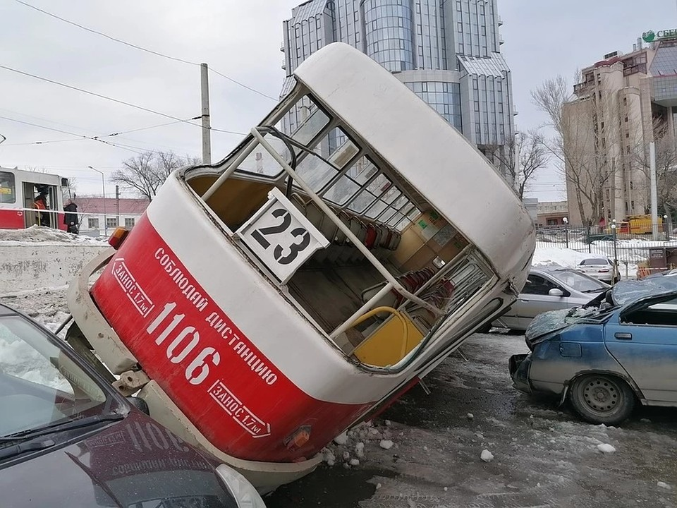 Трамвай уехал не туда