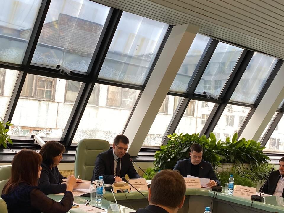 В областной думе обсудили проблемы АвтоВАЗа