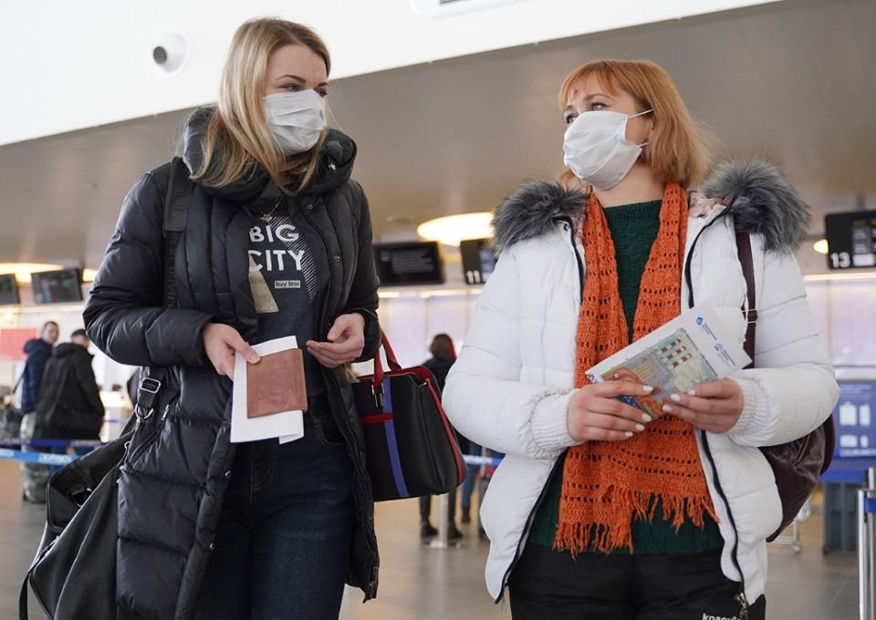 """""""Рейсы авиакомпаний отменены, поток туристов иссяк"""", - рассказали представители турбинеса."""