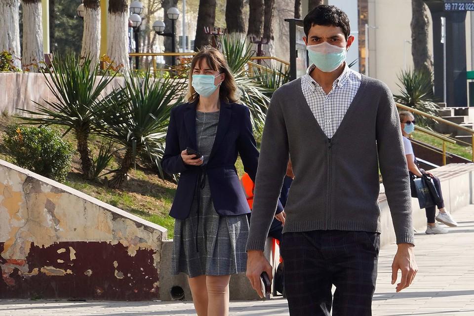 Повседневная жизнь в Ташкенте во время пандемии коронавируса COVID-19. Фото Zuma/TASS