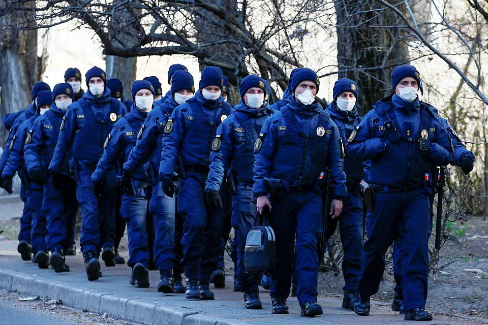 В Киеве резко все изменилось - никто теперь без маски носа не высунет
