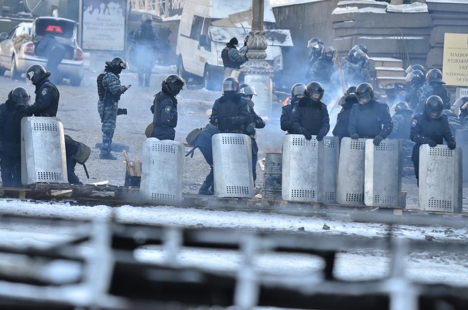 В ходе массовых протестов на Майдане Незалежности в Киеве 18-20 февраля 2014 года погибло более 100 человек. Фото: Янсонс Оскар