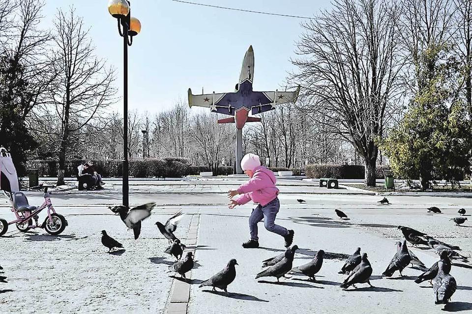 Как любой русский город, Балашов безмятежен и старается не замечать надвигающейся коронавирусной беды: авось как-нибудь пронесет...