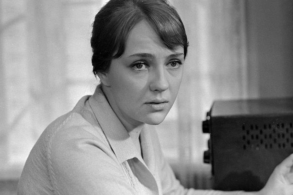 Екатерина Градова в роли радистки Кэт.