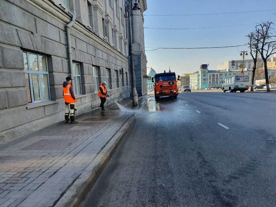 В Железнодрожкном и Центральном округах к уборке улиц привлекут порядка сорока рабочих