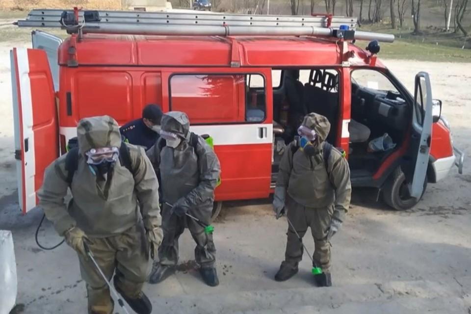 В украинский город на карантине не могут привезти лекарства и продукты.