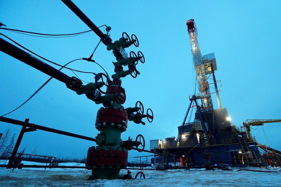 Россия и Саудовская Аравия смогли согласовать основные параметры новой сделки по сокращению добычи нефти.