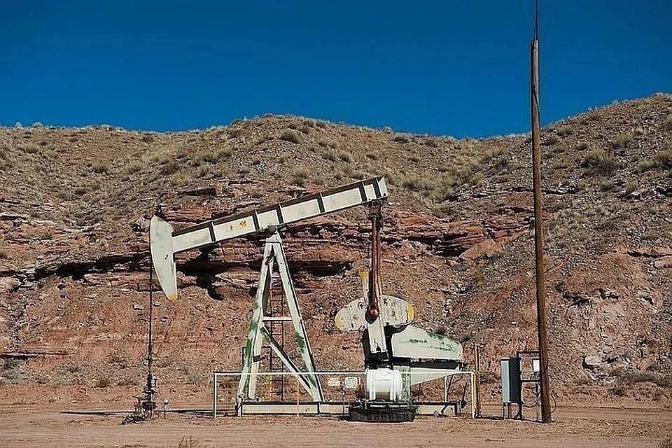 Цена нефти Brent опустилась ниже 19 долларов