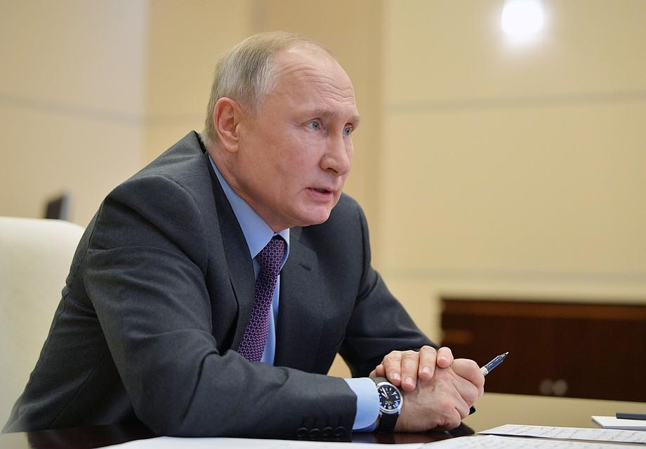 Путин пообещал принять участие в массовом исполнении песни «День победы»