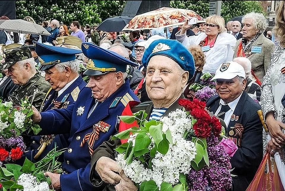 Фото 2019 года. Ветераны на Параде Победы в Донецке