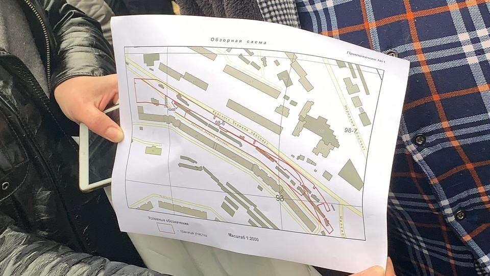 Разрешение на строительство ТЦ на Красного знамени было получено еще в 2008 году. Продлив его, застройщик смог получить порубочный талон.
