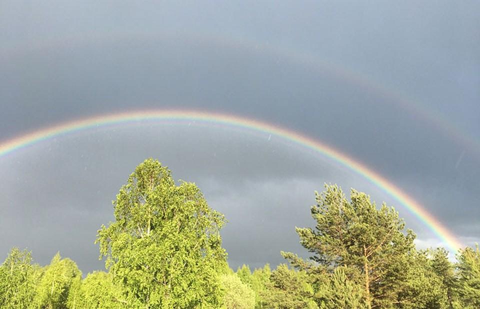 """Двойная радуга удивила нижегородцев после весеннего дождя. ФОТО: """"Регион-52"""""""