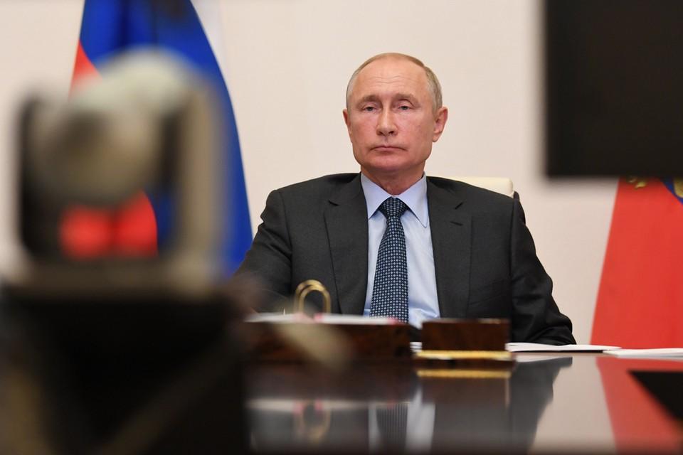 Президент поддержал желание главы Татарстана идти на перевыборы. Фото: Алексей Никольский/ТАСС