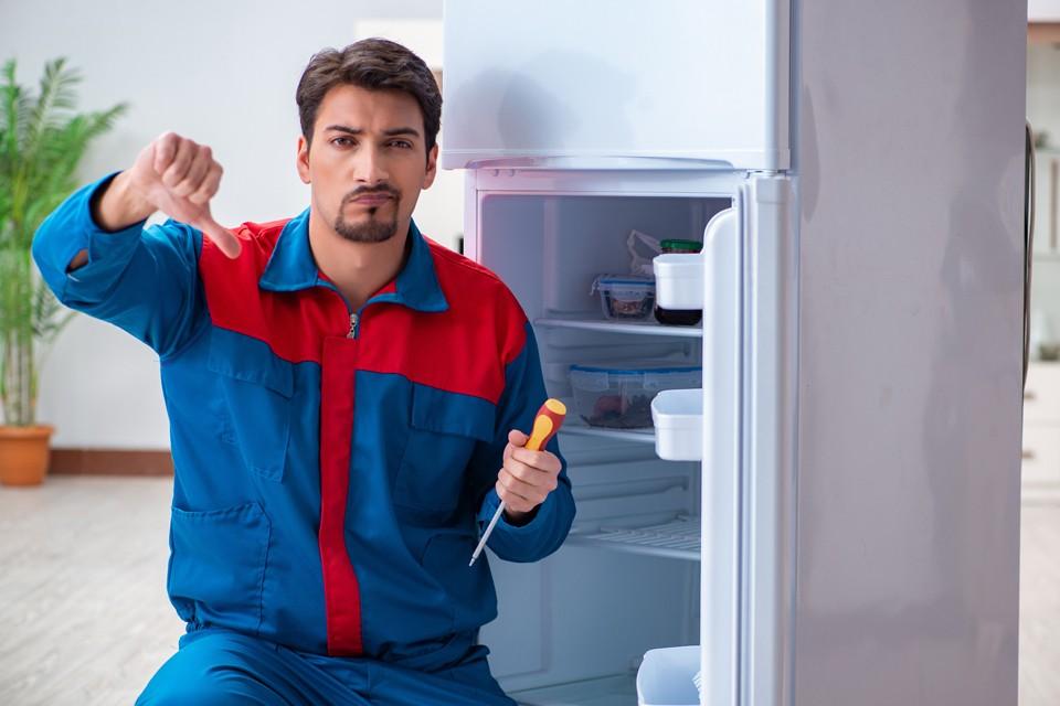 Бракованный холодильник может сильно осложнить вашу жизнь.
