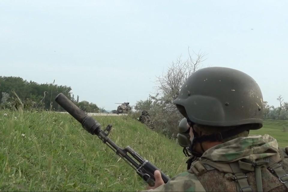 ФСБ и Росгвардия уничтожили 6 вооруженных бандитов.