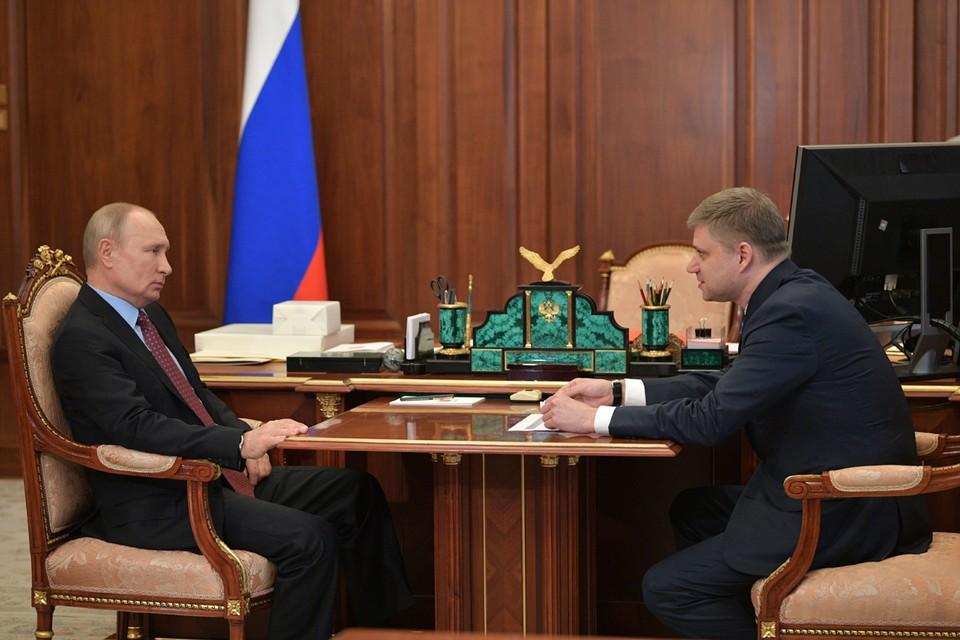 Владимир Путин и Олег Белозеров во время встречи в Кремле. Фото: Алексей Дружинин/ТАСС