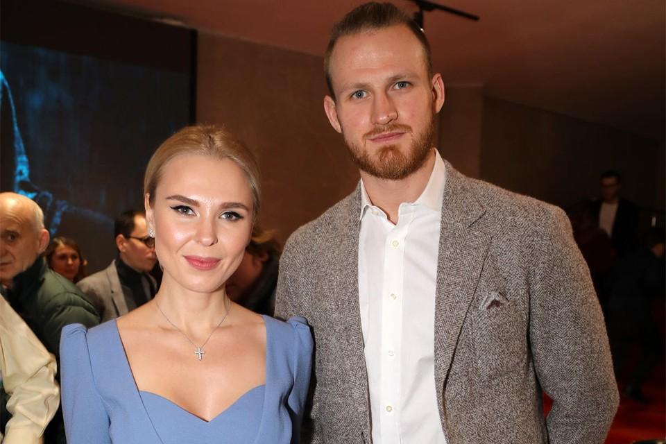 Певица Пелагея и хоккеист Иван Телегин в декабре 2018 года.