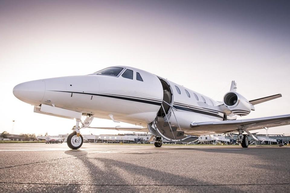 Владельцы компаний по аренде небольших самолетов, так называемых бизнес-джетов, обратили внимание на рост заявок из России.