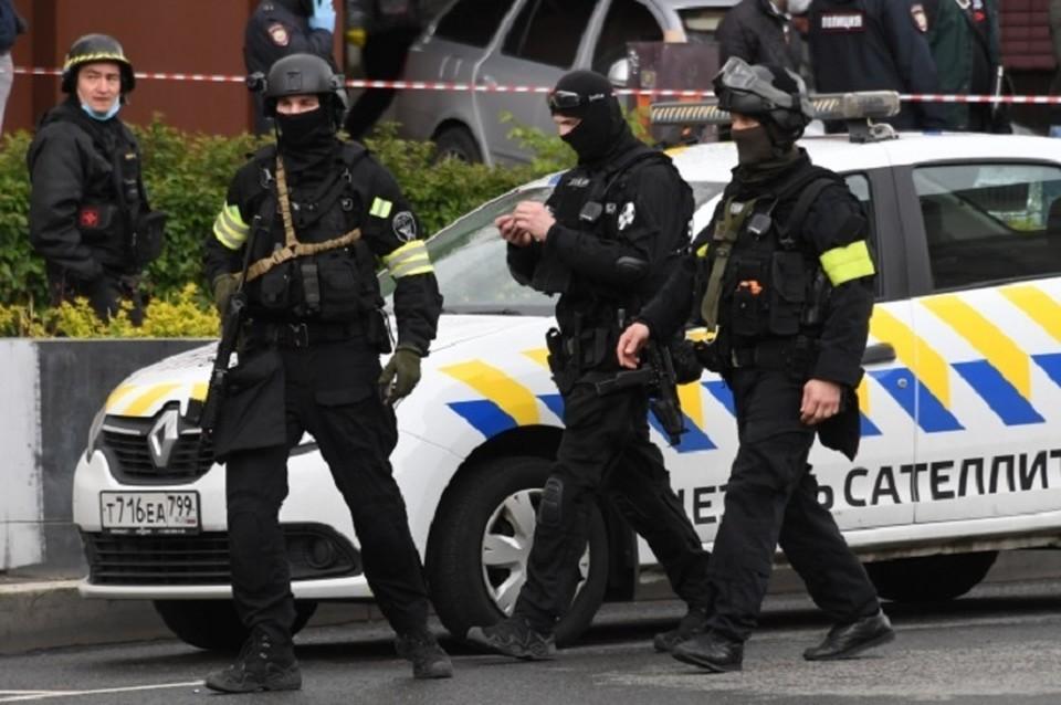 По словам отца погибшего, спецназовца всадили в парня три пули