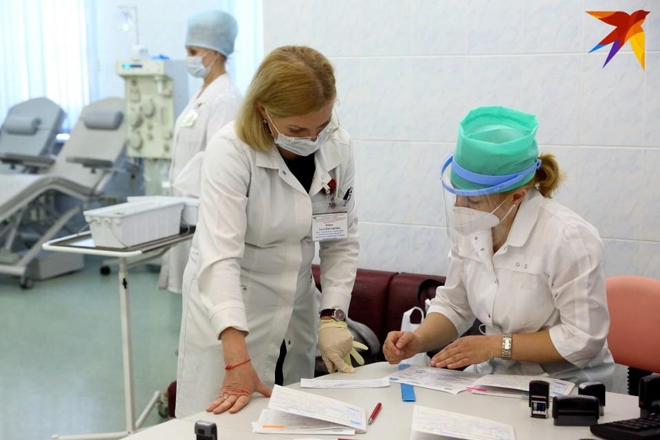 В местный центр гигиены и эпидемиологии каждый день госпитализируют с пневмонией более 100 человек