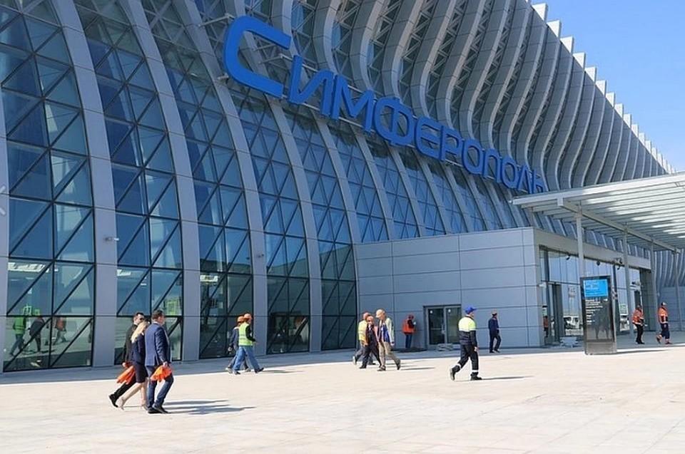 Туристы уже едут в Крым, но официальных объектов размещения здесь пока нет