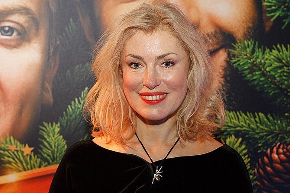 Актриса призвала родственников усопшего прекратить ходить по скандальным шоу