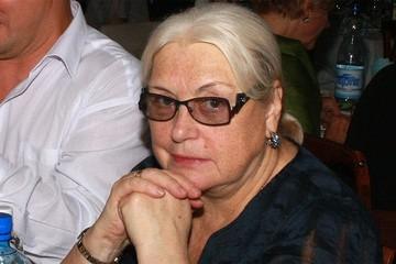 Лидия Федосеева-Шукшина — об утерянном жилье: «С какой горы я съехала, чтобы подарить квартиру водителю Бари Алибасова? У нас даже штампа в паспорте нет!»