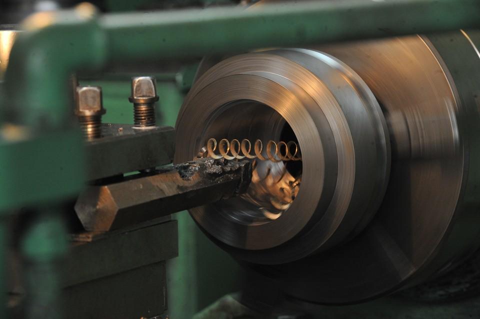 Изготовление детали на токарном станке