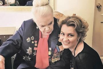 Экс-директора Элины Быстрицкой заключили под стражу прямо в зале суда