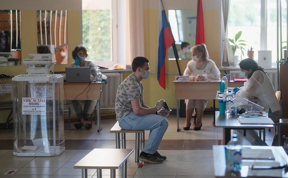 В Ростовской области действует 2613 участков. Все они будут открыты до 20:00