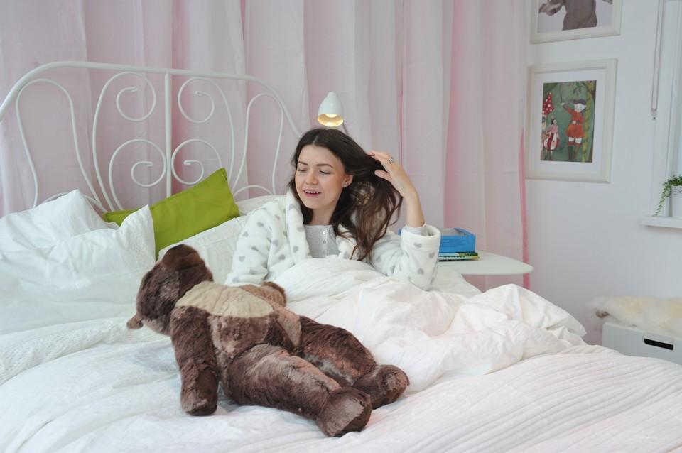 Эксперт назвал самые опасные позы для сна