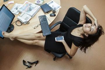 Пять признаков выгорания: перегрузки на работе во время пандемии сказываются на психике