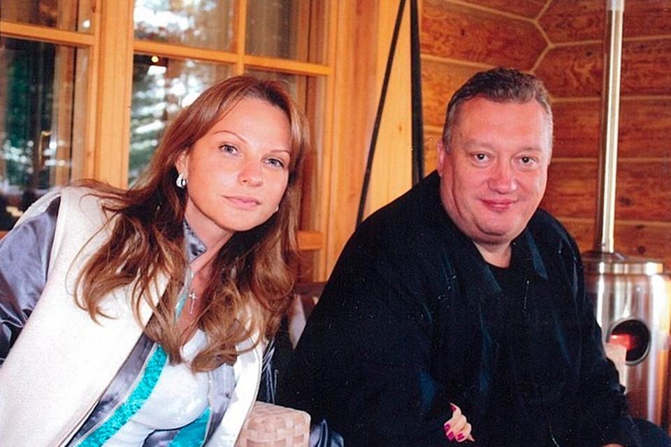 Милана Тюльпанова показала архивные фото своих родителей.