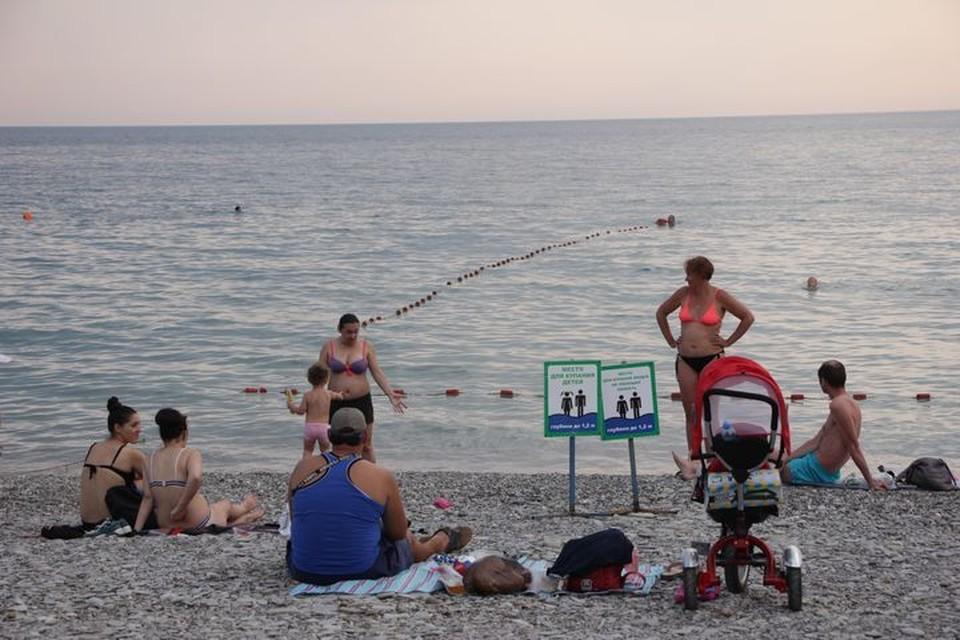 Доктор Мясников раскритиковал «коронавирусные» меры на пляжах Сочи.