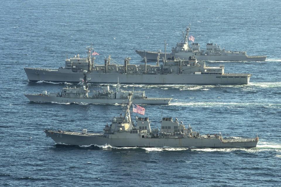США направили в Черное море ракетный эсминец USS Porter