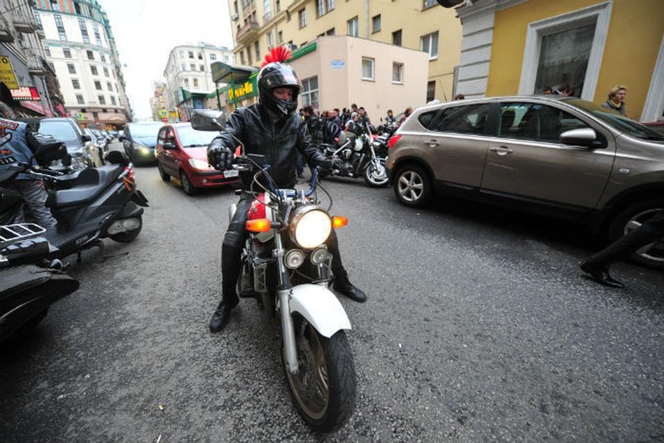 Мотоциклисты часто создают аварийные ситуации на дорогах