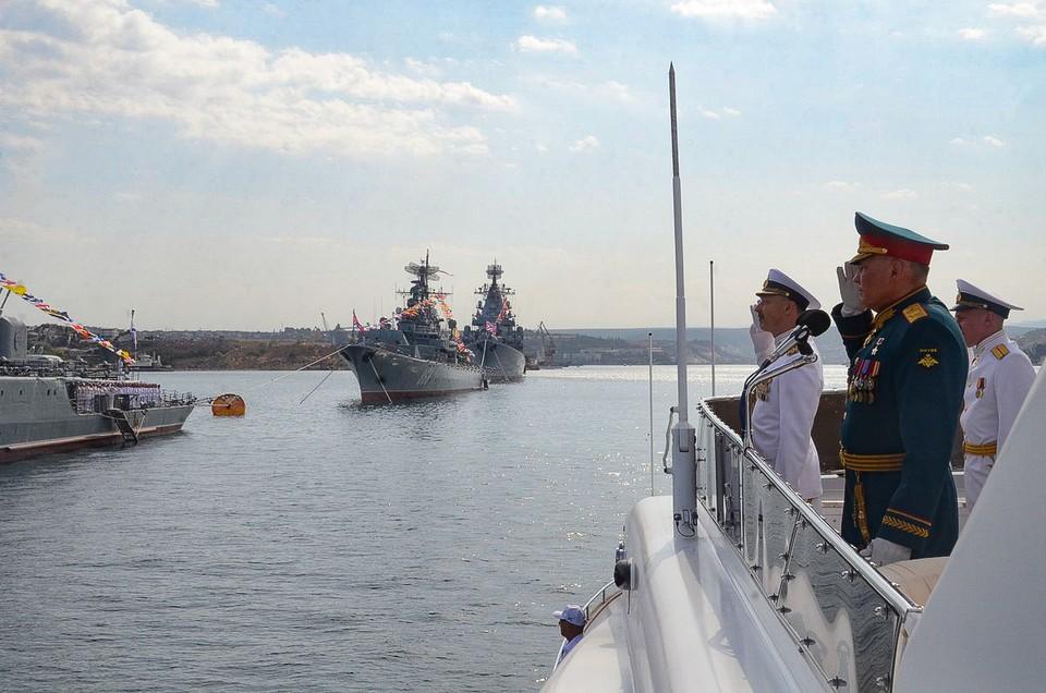 Киев передал ноту посольству России из-за парада в Севастополе