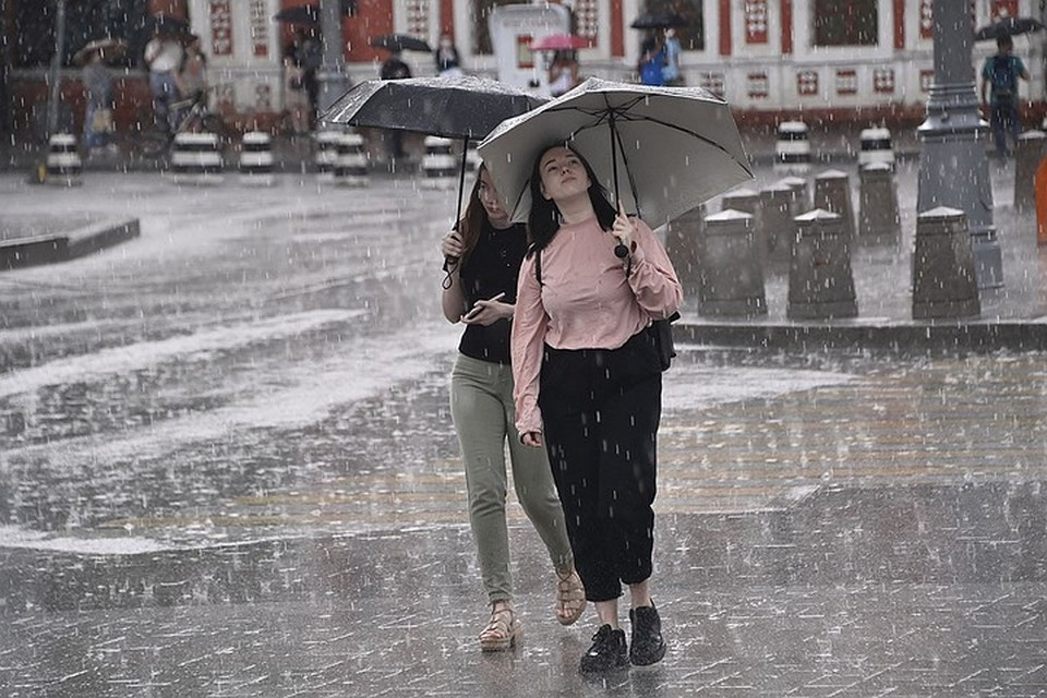 Синоптики предсказывают дожди с градом