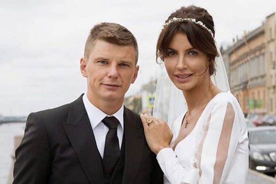 У Андрея и Алисы Аршавиных есть дочь Есеня — девочки три года.