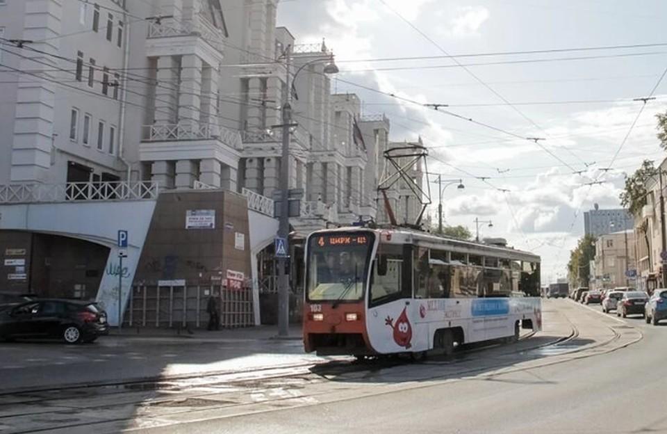 Движение трамваем было прервано на 4 часа.