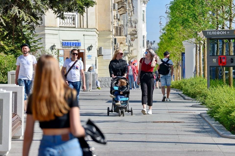 В 2020 году Севастополь преобразился как никогда. Улица Большая Морская, парк Учкуевка, Матросский бульвар - эти места действительно стоит посетить не смотяр на время года