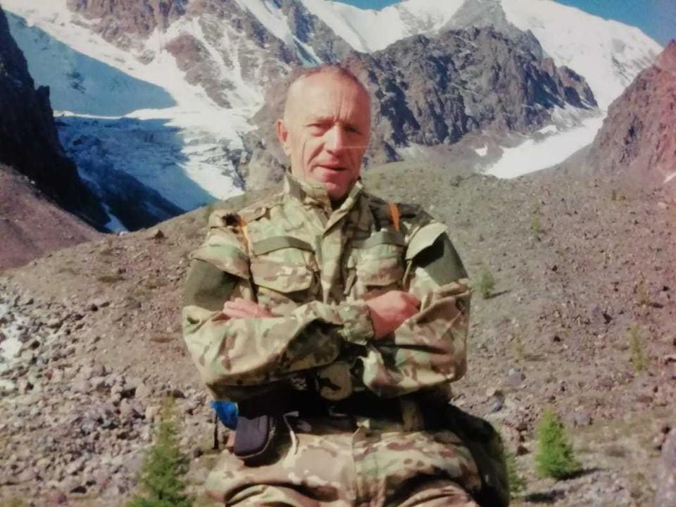 Николай Кропоткин летом поднимался в горы, а теперь не может дышать без кислородного аппарата.