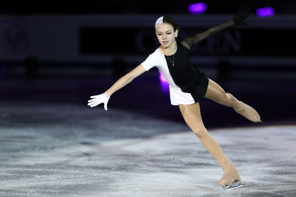 Александра Трусова в этом сезоне тренируется у Евгения Плющенко.
