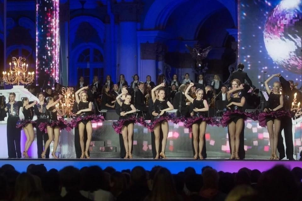 Стало известно, когда в Санкт-Петербурге разрешат проводить концерты и другие массовые мероприятия.